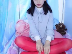 青春网红美少女蓓蓓高清图集01-06