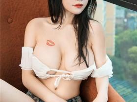 [Ugirls尤果网]爱尤物 2021.01.13 No.2000 美七Mia 甜心之吻