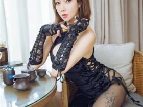 [HuaYang花漾] 2021.09.08 VOL.447 果儿Victoria 古典旗袍与现代黑丝