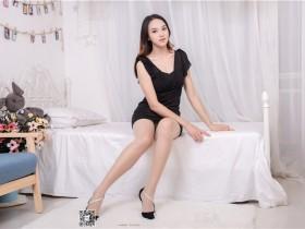 [SSA丝社]超清写真 NO.168 蓉蓉 黑色连衣裙肉丝裸足