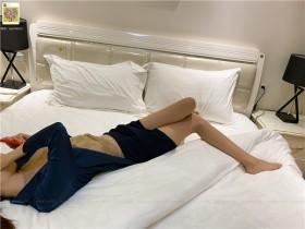 ISS公众号系列 – 欣欣 床上 脱丝 套图+视频