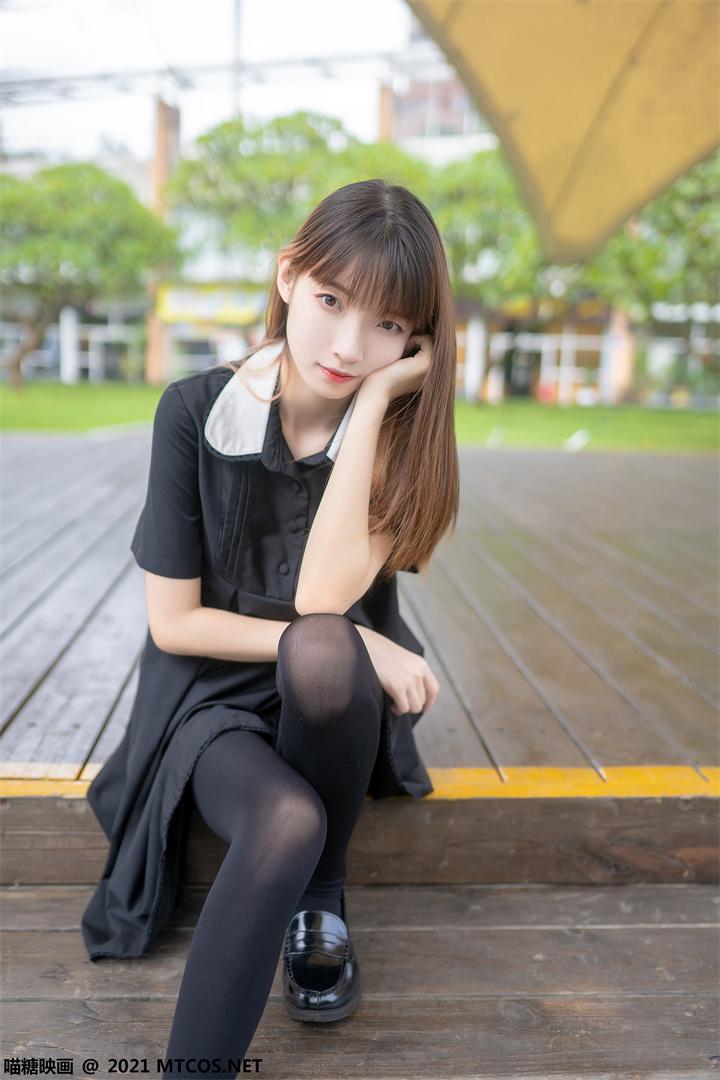 [喵糖映画]VOL.423 黑裙黑袜